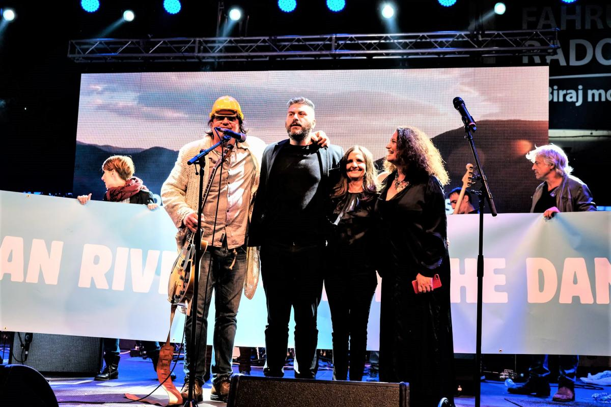 All singers joined their voices in the grand finale of the Concert for Balkan Rivers. © Nick St. Oegger