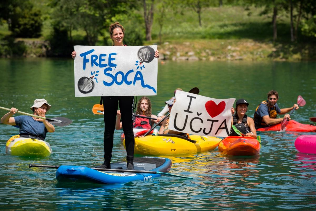 On the Soča in Slovenia, people were also calling for removing existing dams and giving the river its freedom again. © Mitja Legat