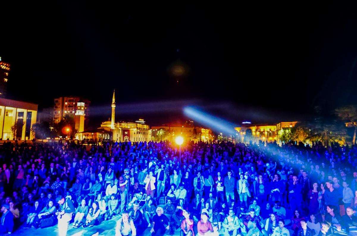 About 4000 people attended the Vjosa concert at the main square in Tirana © Adrian Guri