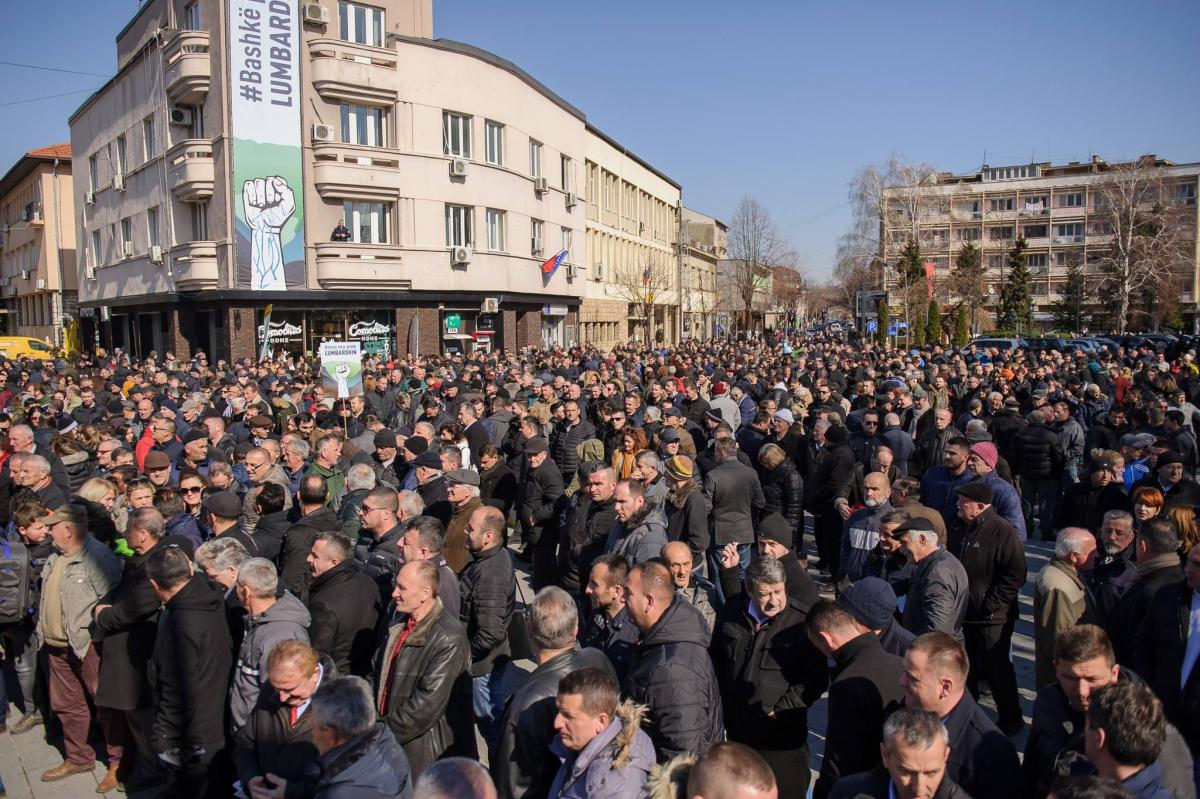 Thousands turn out in Peja, Kosovo, in protest against local hydropower plans. February 2019. Photo: Ilir Berisha, Korniza Studio