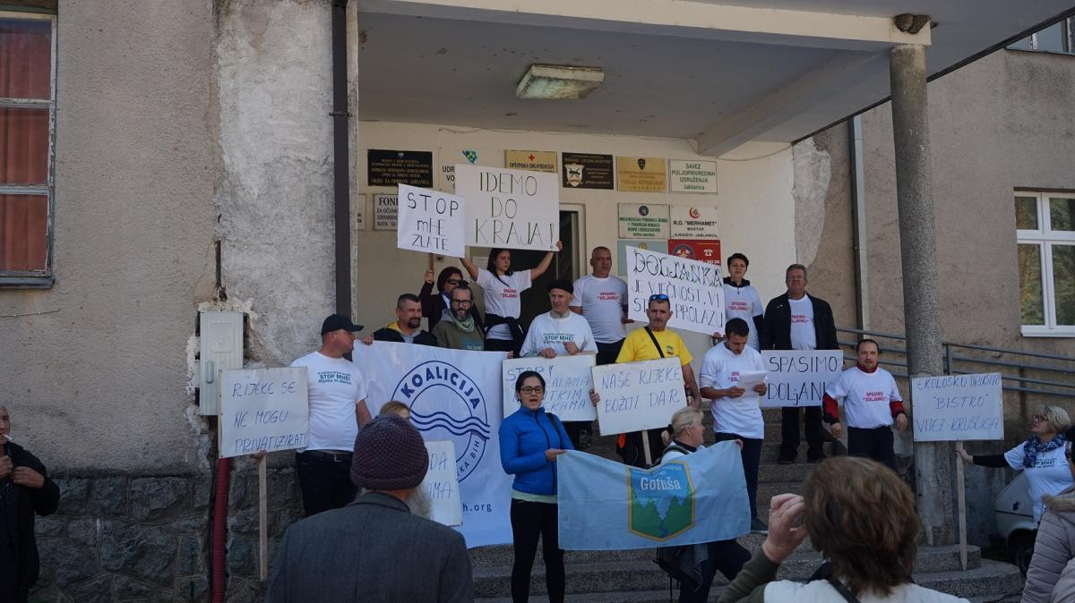 Local residents protest against the hydropower plant in Jablanica. Photo: Coalition for the protection of rivers in BiH