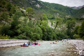Day 32: The Bence (Albania) is a tributary of the Vjosa. Several hydropower plants are projected and would drain the entire water flow into pipelines.