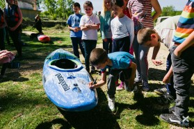 DAY 6 - At the Zrmanja in Croatia - participants signing the petition kayak