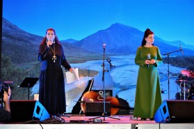 The initiators of the Vjosa concert: amazing Eda Zari (left) and fabulous Elina Duni (right)