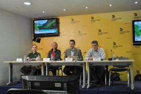 From left to right: Tibor Mikuska (Croation Society for Bird and Nature Protection), Ulrich Eichelmann (Riverwatch), Gabriel Schwaderer (EuroNatur), Ljupcho Melovski (Macedonian Ecological Society).