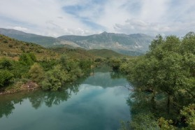 The Drinos, here in a further upstream section, is the biggest tributary of the Vjosa in Albania.