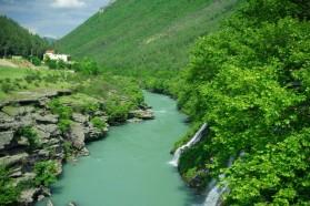 Upstream of Këlcyra.