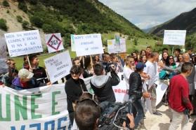 Locals chanting: No dams - Vjosa National Park!