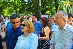 Politicians attending the Vjosa Day. On the right Besnik Bare, in the middle Arta Dade, both members of parliament.