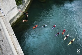 Day 12 – Mostar, Bosnia: The kayakers were honoured by two jumpers from 23m high Tari Most (Old bridge)