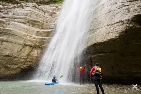 Day 26 – Osumi. Well-deserved shower for the Balkan Rivers Tour team